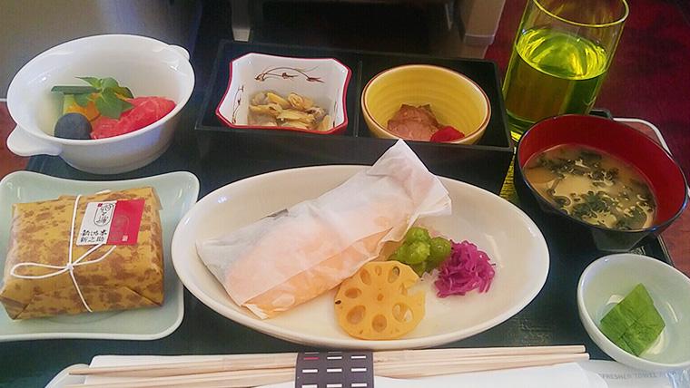 JALファーストクラス朝食